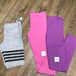 3 pairs of New leggings from old navy.